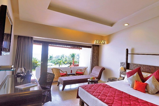 Deluxe Room with Sea View & Balcony at Gateway Varkala - IHCL SeleQtions
