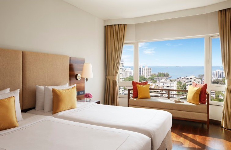 Premium Room Twin Bed City View at President Mumbai